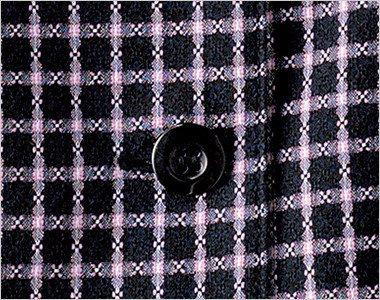 光沢のある黒ボタン