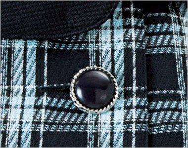 宝石のような光沢でシルバー縁の黒ボタン