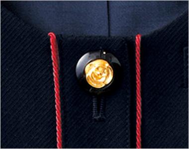 高級感ただようバラのような花が中心にゴールドで演出された黒ボタン