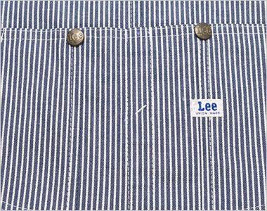 LWU39002 Lee オーバーオール(男女兼用) 中心に仕切りがあるLeeの特徴的な胸ポケット