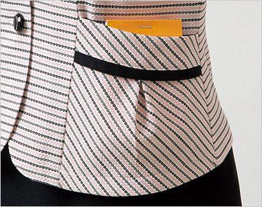 en joie(アンジョア) 26500 安心感を与え動きやすいニット素材のオーバーブラウス(リボン付) ボーダー メモ帳などが入るタック付きの両脇ポケット