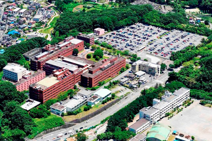 ヘリポートを備えた八王子医療センター